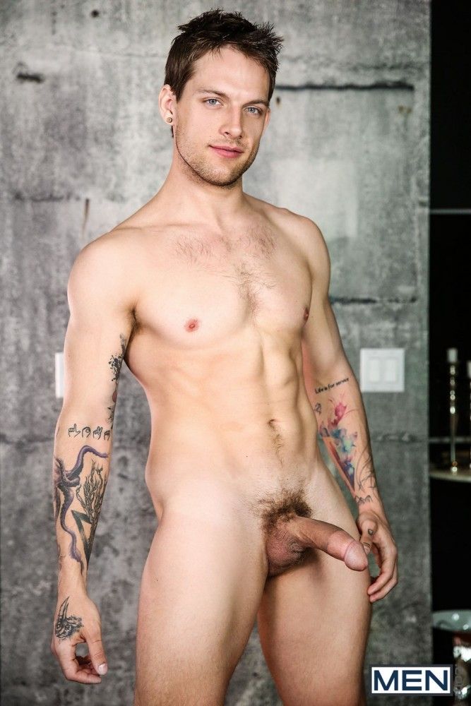 Naked max emerson Davey Wavey