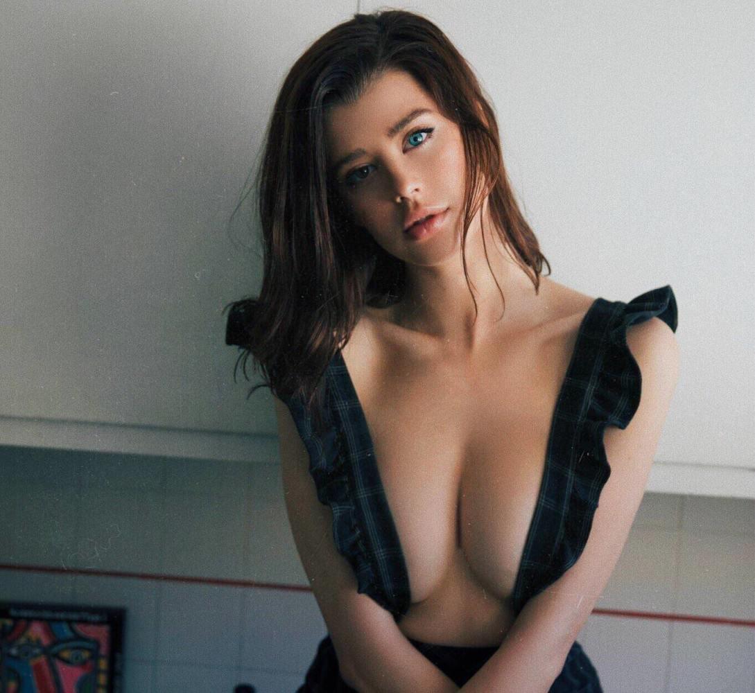 nackt Douglas Sarah Sarah Rafferty
